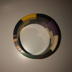Jewelry - Colorful wooden bracelet